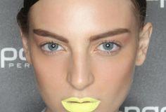Runway Makeup: Bright Neon Lips at Magdalena Veleska MBFWA Spring/Summer Love Makeup, Beauty Makeup, Makeup Looks, Hair Makeup, Catwalk Makeup, Runway Makeup, Neon Lips, High Fashion Makeup, Bold Brows