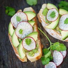 Avocado toast | Bio c' Bon votre supermarché pour un quotidien bio enfin accessible
