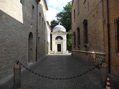 Tomba di Dante, Ravenna by PacoPetrus | Un weekend visitando i monumenti di #WikiLovesMonuments in #EmiliaRomagna