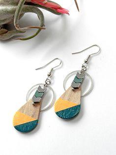 Boucles d'oreille collection DROP en bois