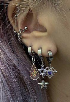 Ear Jewelry, Hippie Jewelry, Cute Jewelry, Jewelry Tattoo, Jewelery, Jewelry Accessories, Body Jewelry, Pretty Ear Piercings, Accesorios Casual