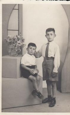 Isaac Hartog (standing) Isaac was sadly murdered in Auschwitz on September 17, 1943 at age 9.