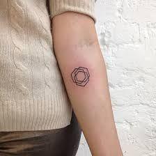 Resultado de imagem para tatuagem kandinsky