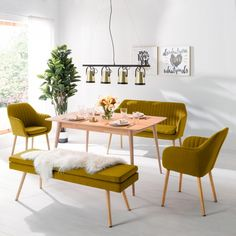 Armlehnenstuhl Tilanda III Armlehnenstuhl Tilanda III The post Armlehnenstuhl Tilanda III appeared first on Esszimmer ideen. Banquettes, Sofa Furniture, Furniture Design, Living Room Chairs, Dining Chairs, Small Farmhouse Kitchen, Upholstered Dining Bench, Living Dining Combo, Beach Cottage Style
