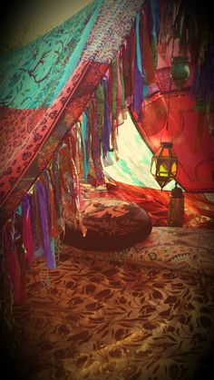 Boho tent teepee Bohemian Hippy glamping vintage scarves Gypsy hippie patchwork canopy Wedding Decor curtain photo prop backdrop Bohemian