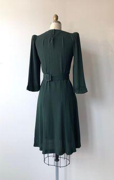 Women's Crop Top Mini Skirt Set Solid Color Off The Shoulder Short Sleeve Short T shirt High Waist A Line Skirt Suit