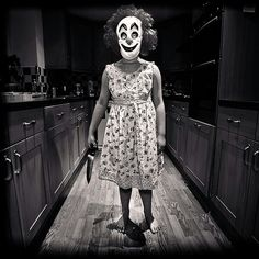 ::runs away screaming:: - Girl Clowns are scary too