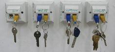 The ultimate geek key holder.Top 15 DIY Key Holders & Racks For Your Home Trick 17, Car Key Holder, Key Holders, Diy Inspiration, Key Organizer, Key Rack, Support Mural, Car Keys, Repurposed
