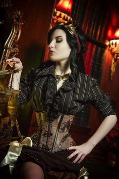 Steampunk Villena Viscaria Clothing