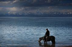 Photographic Journey about Central Asia Nomads – Fubiz Media
