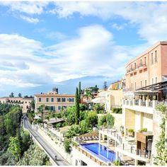 【takashi_takubo】さんのInstagramをピンしています。 《おはようございます😃東京は、晴れです。写真は、タオルミーナの海岸沿いです。  #Italy #sicily  #taormina  #sightseeing #travel #pleasure #love #beautiful #picture #view #sky #thankyou  #follow #followme #イタリア #シチリア #タオルミーナ #海 #空 #海外旅行 #綺麗 #美しい #ありがとう #フォローミー》