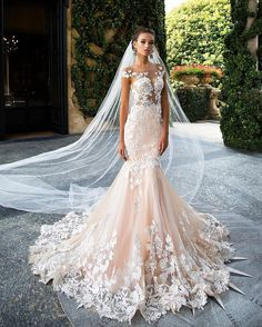 Start your luxury wedding dress search with this Pinterest board! Here at Perfect Moments with Cee, we hope to be your luxury wedding Pinterest destination! Take a look at the beautiful gown here.|| ❤❤ #luxuryweddinggowns #luxurybridaldresses