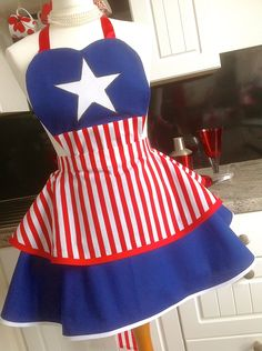 4th July/Captain America inspired 2 tier vintage style apron by CraftKeepsakes on Etsy