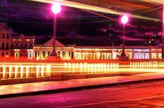 A Bela imagem de hoje vem das Luzes do Centro Histórico do Recife. Foto de André Pessoa — em Recife.
