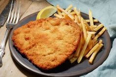 Buy Weiner Schnitzel with fried Potatoes by magone on PhotoDune. Homemade Weiner Schnitzel with fried Potatoes Weiner Schnitzel, Breaded Chicken, Fried Potatoes, Dinner Dishes, Marsala, Lunch Recipes, Tasty, Homemade, Snacks