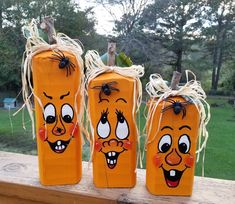 Pumpkin Patch Family will brighten up anyone's porch, foyer, living room and even your kitchen. Display on Tabletop, Mantle or Porch. Faces are Hand Painted and each has it's own adorable personality. Adorned with Natural Raffia bows, spider and leaves Halloween Wood Signs, Halloween Wood Crafts, Halloween Painting, Halloween Items, Diy Halloween Decorations, Fall Halloween, Pumkin Decoration, Fall Wood Crafts, Thanksgiving Diy
