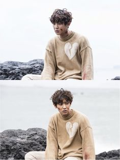 """""""Missing 9"""" Chanyeol covered in bruises but still handsome"""