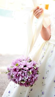lavender daisy for flower girls #purple #wedding