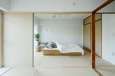 muji bedroom.