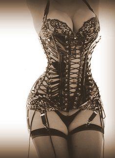 corset (via Little Bunny Sunshine @Jane Izard Izard potter 52798543905) I love these ^.^