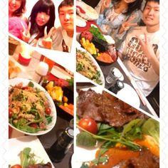 今日は娘の彼氏と一緒に晩御飯なり息子が一人増えたみたいで楽しい食卓でした 子供の日という事でご馳走を食べ、デザートはを皆で食べました(^。^) - 67件のもぐもぐ - 手巻き寿司、サラダ、牛たんカルビ焼き by nikonikokaaka
