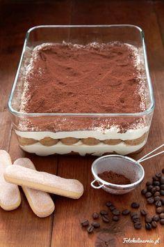 Authentic italian Tiramisu - the best Classic Recipe with Tips. Italian Tiramisu, Dessert Boxes, Luxury Food, Italian Recipes, Cravings, Dessert Recipes, Food And Drink, Sweets, Chocolate
