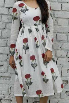 #Designer #blacktaxi @  http://zohraa.com/blacktaxi/shop/alaya.html #zohraa #blacktaxi #outfit #onlineshop #womensfashion #womenswear #look #diva #party #shopping #online #beautiful #love #beauty #glam #shoppingonline #styles #stylish #model #fashionista #women #luxury #lifestyle #handmade #classy #shopblacktaxi