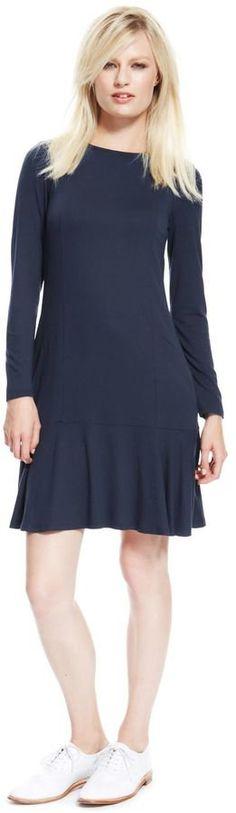 Pin for Later: Auf die Einkaufsliste: 17 früh-herbstliche Kleider Marks and Spencer Ausgestelltes Kleid Marks and Spencer Ausgestelltes Kleid (74,95€)