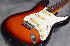 Fender Japan ST62-53 3TS  Used Electric Guitar Sunburst Free shipping EMS…