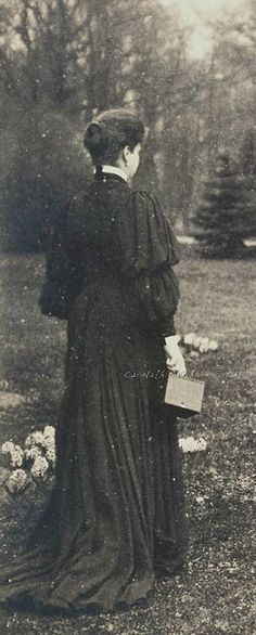 A pensive Tsarina Alexandra Feodorovna, 1906. She was troubled throughout her life by severe  anxiety and ill health .