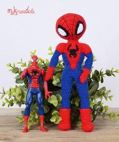 Met dit patroon kun je Krissie omtoveren tot Spiderman! Crochet Toys Patterns, Amigurumi Patterns, Stuffed Toys Patterns, Knitting Patterns, Crochet Doll Clothes, Crochet Dolls, Crochet Baby, Amigurumi Free, Amigurumi Doll