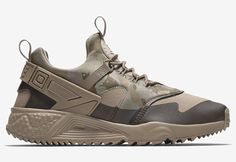 NIKE AIR HUARACHE UTILITY 'Khaki' (via Kicks-daily.com)