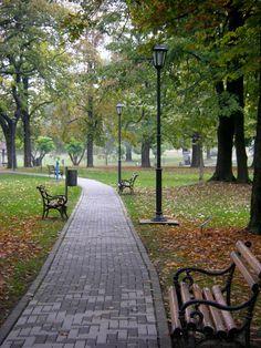 Serbia - Pancevo. Park - Narodna bašta