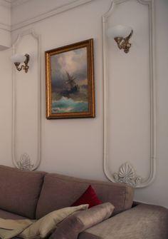 Фрагмент интерьера небольшой квартиры в центре Москвы, 2012 год.