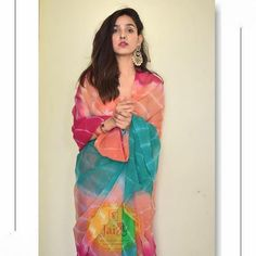 Couple Wedding Dress, Desi Wedding Dresses, Indian Wedding Outfits, Lehenga Choli Latest, Bridal Lehenga Choli, Cotton Saree Designs, Saree Blouse Designs, Bottle Green Saree, Blouse Designs Catalogue