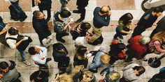 Άρθρο φωτιά του Spiegel: Νέα κοινωνική τάξη στην Ελλάδα με χρήματα μόνο για