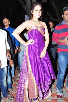 Raashi Khanna at Bengal Tiger Platinum disk Photos