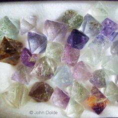 Fluorite, cleavage octahedrons, So. IL, USA