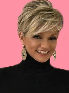 Stunning Short Edgy Pixie Hairstyles Designs And Cuts For This Summer - Page 17 Of 22 - Showmybeauty Shorthairstyles - Hair Beauty - Edgy Pixie Hairstyles, Short Hairstyles For Thick Hair, Haircuts For Fine Hair, Haircut For Thick Hair, Short Pixie Haircuts, Summer Hairstyles, Funky Short Hair, Short Grey Hair, Short Hair With Layers