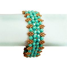 Free pattern for bracelet Aphrodite from Beads Magic.  Like with most of these patterns, a take off on RAW.  #Seed #Bead #Tutorials