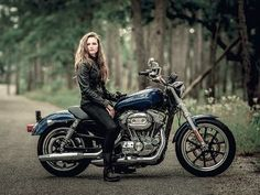 2016 Harley-Davidson®️️ XL883L Sportster®️️ SuperLow®️️