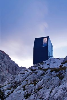 bivak by Miha Kajzelj shelter for mountaineers http://trajekt.org