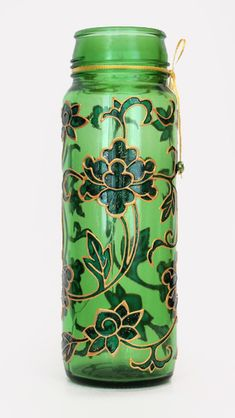 art inside — Hand painted bottle — Chinese lotus Empty Wine Bottles, Painted Wine Bottles, Painted Vases, Bottles And Jars, Hand Painted, Bottle Painting, Bottle Art, Lotus Painting, Glass Painting Designs