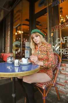 The Marigold Romper – Miracle Eye 70s Inspired Fashion, 60s And 70s Fashion, Mod Fashion, Girl Fashion, Fashion Tips, Fashion Styles, Modern 60s Fashion, 70s Vintage Fashion, Sporty Fashion