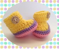 Crochet baby booties great babyshower gift Free door DutchDivaKollum, $14.00