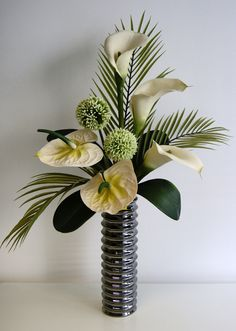ginger & lily floral design | Ivory and Green Arrangement with Calla lilies, Anthurium and Alliums
