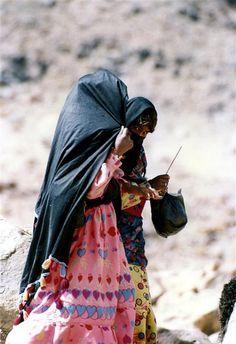 Africa   Sinai Girls photographed in the mountains. Sinai Desert, Egypt    © Ariel Nishri