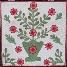 Floral Basket Applique Crib Quilt at www.antiquequilts.com/catalog11.htm#17544