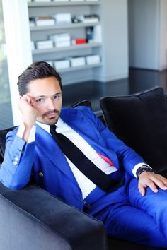 Take A Tour Of This Designing Duos Covetable Crib And Closets Blue Blazer Outfit, Blazer Outfits, Suit Combinations, Hardy Amies, Creative Wedding Ideas, Self Design, Well Dressed Men, Elegant Dresses, Mens Suits