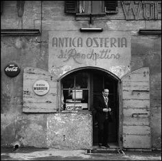Gratosoglio, Antica Osteria del Ronchettino 1960-62 | Flickr Old Pictures, Old Photos, Vintage Photos, Vintage Photography, Street Photography, Medieval Market, Best Of Italy, Sacred Architecture, B 13